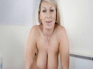 دختر روسی به دوست پسر خود بر روی تخت صبحانه می سکسبرازرس دهد