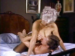 دانش آموز لاغر و عینک بخش طولانی از یک فیلمهای سکسی برازرس شریک باتجربه را در واژن می گیرد