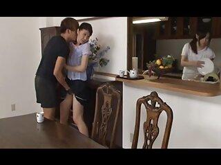 همسر موی تیره لب به لب بزرگ خود را توسط شوهر لعنتی می کند فیلم سکسی برازرس