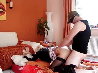 الاغ گرم شده با دوشاخه برای نفوذ دو فیلم سکسی از برازرس برابر