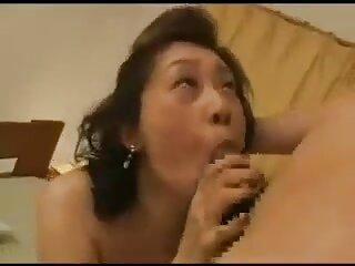 خانم جوان شریک بزرگ را می مکد و او را در الاغ سایت های سکسی برازرس می گیرد