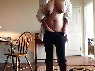 مادر چاق سایت سکسی برازرس با جوراب ساق بلند الاغ بزرگ و غنیمت آویزان خود را به اندازه 9 نشان می دهد