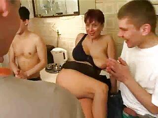 هخال به یک دوست دختر الاغ سایت سکسی برازرس پهن در شلوار چسبان چند رنگ در الاغ خود پرداخت