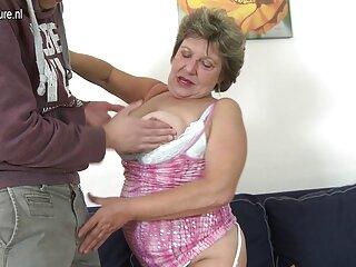 فاکر دو مادر را در جوراب سکس های جدید برازرس های سرپوشیده مورد ضرب و شتم قرار می دهد و یک پیچ و مهره به دهان آنها فشار می دهد