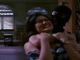 یک دانش آموز برای اولین بار به یک پسر بچه می دهد تا زمانی که فیلم سکسی سایت برازرس در دهان خود جمع شود