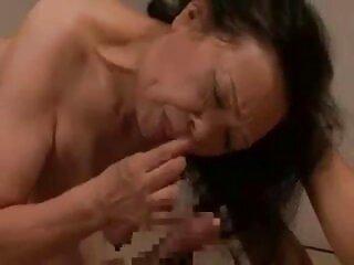 دو سایت های سکسی برازرس فاحشه دیک یک مرد را می مکند