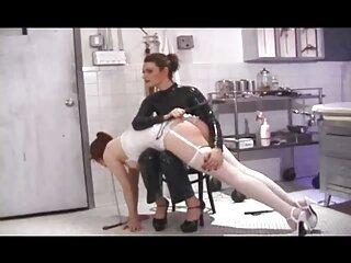 زن خالکوبی شده شبکه سکسی برازرس ماساژ گربه و الاغ را با یک اسباب بازی در وب کم