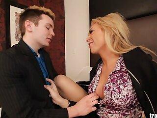 شلخته باتجربه کاگنی لین کارتر آموزش می دهد سایت برازرس سکس که دوست دختر دست و پا چلفت خود را بخورد