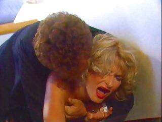 لزبین ها از نوازش های ملایم یکدیگر لذت می فیلم سکسی از برازرس برند